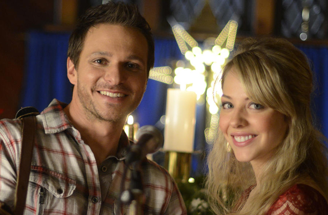 Watch 'Guess Who's Coming To Christmas' starring Drew Lachey