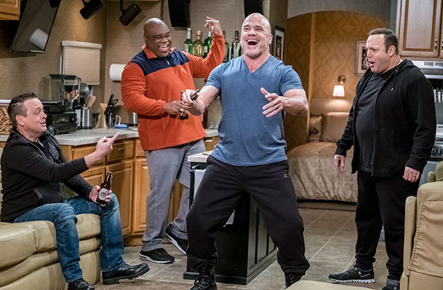 DIGITAL EXCLUSIVE: Hilarious Must-See Bloopers From 'Kevin Can Wait' Season 1