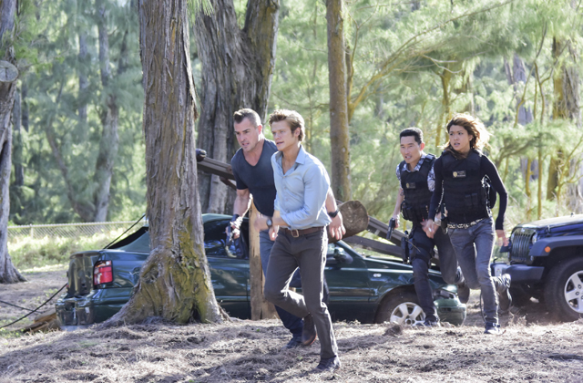 Watch the MacGyver/Hawaii Five-0 crossover episode