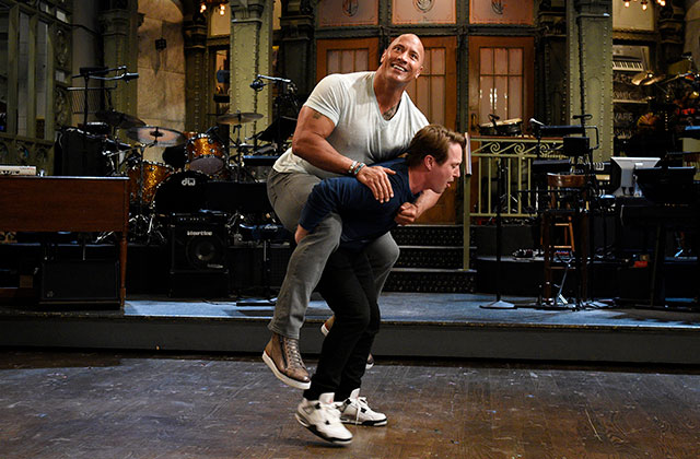 SNL Finale Recap: 'Can You Smell What the Rock Is Hosting?'