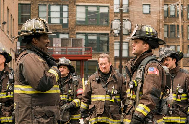 Watch Chicago Fire Online