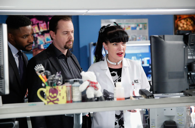 Watch NCIS episode 14: Keep Your Friends Close