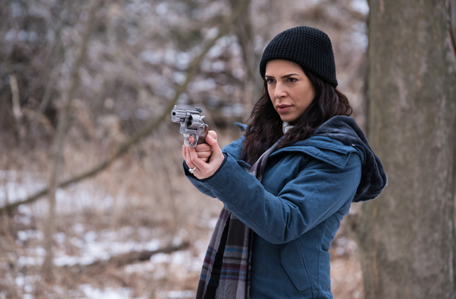 Watch Private Eyes episode 9