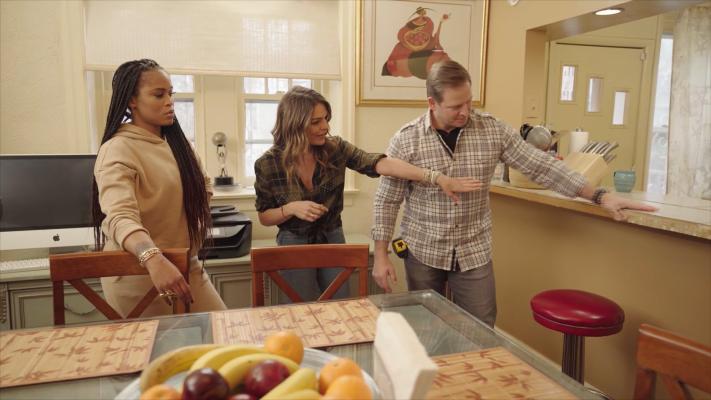 Eve Updates Her Mom's Philadelphia Home On 'Secret Celebrity Renovation'