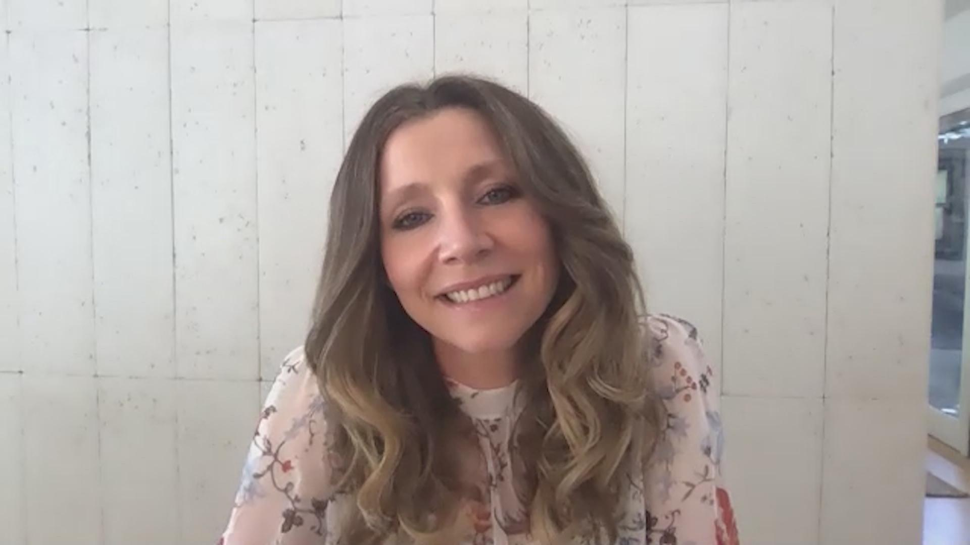 Sarah Chalke Is Up For A 'Scrubs' Reunion