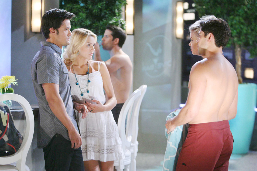 Photos Summer Fun With The Young Amp The Restless Cast